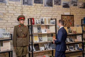 Донцов, Винниченко и Петлюра: в Лукьяновском СИЗО открыли историческую экспозицию