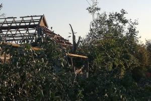 Негода на Херсонщині пошкодила покрівлі 111 будівель