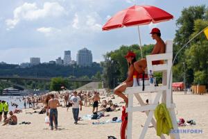 В Киеве к летнему сезону готовы все коммунальные пляжи