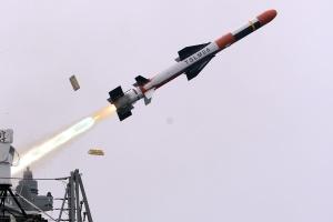 Южная Корея примет на вооружение новую баллистическую ракету для подводных лодок
