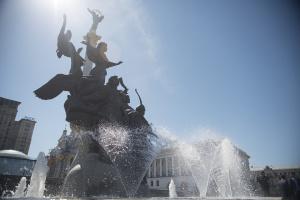 В Україну повертається спека, дощі пройдуть лише у двох областях