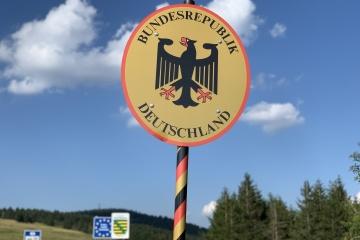 Німеччина вимагатиме тести на COVID-19 у всіх, хто перетинає кордон