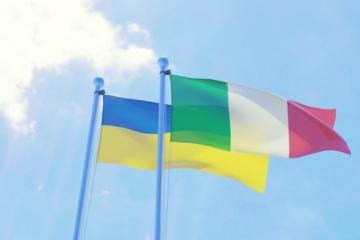 Ucrania e Italia firman un plan de cooperación político-militar para 2021