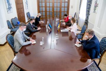 Джапарова обговорила з держсекретарем МЗС Естонії підготовку до саміту Кримської платформи