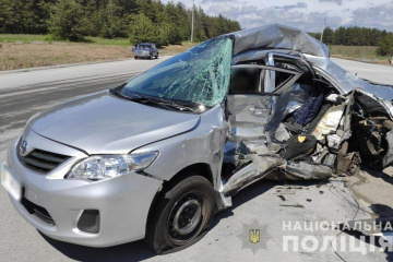 Two journalists killed in road accident in Poltava region