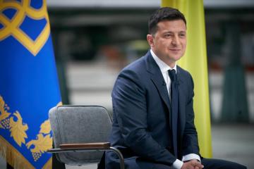 Zelensky asks Stefanchuk to convene extraordinary parliament meeting