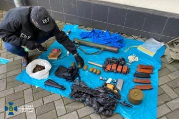 SBU findet Waffendepot in Kyjiw