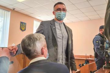 活動家ステルネンコ被告、一部容疑で逆転無罪