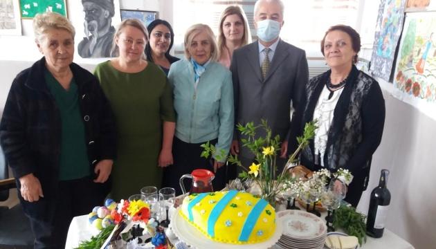 У Вірменії українці взяли участь у майстер-класі з писанкарства