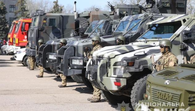 На вулиці Одеси у перших числах травня виведуть понад 2,5 тисячі правоохоронців