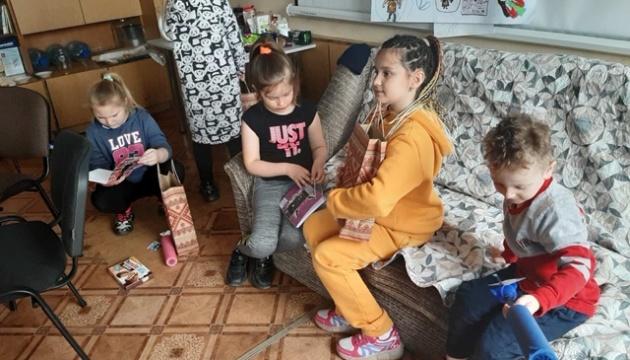 Ukraine Forum з Німеччини зібрав великодні подарунки дітям захисників України