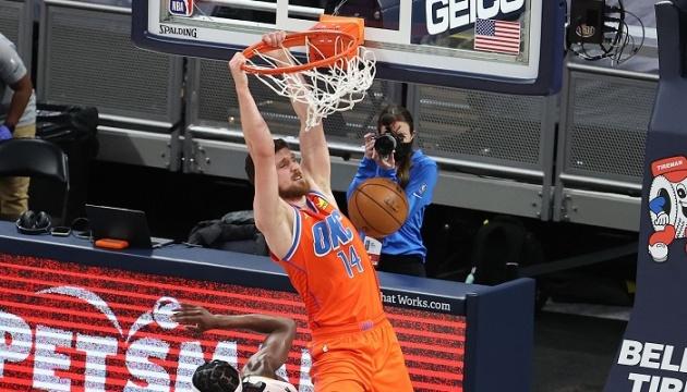 НБА: 13 очок Михайлюка не врятували «Оклахому» від розгромної поразки