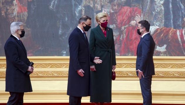 Зеленський запросив Дуду на саміт Кримської платформи