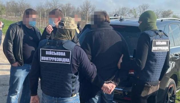 СБУ викрила посадовця оборонного концерну на привласненні оптичних прицілів