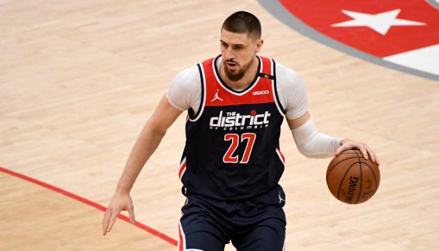 Данк українця Леня увійшов в кращі моменти ігрового дня НБА