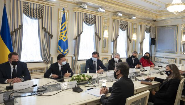 Зеленcький анонсував підписання «дуже серйозної угоди» зі США
