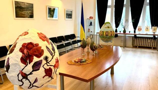 Українки Німеччини представили свої роботи на Великодній виставці в Гамбурзі