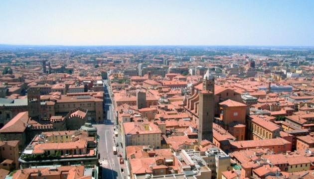 Консули проведуть зустріч з українськими громадянами в італійському місті Болонья