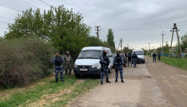 В оккупированном Крыму ФСБ проводит очередной обыск