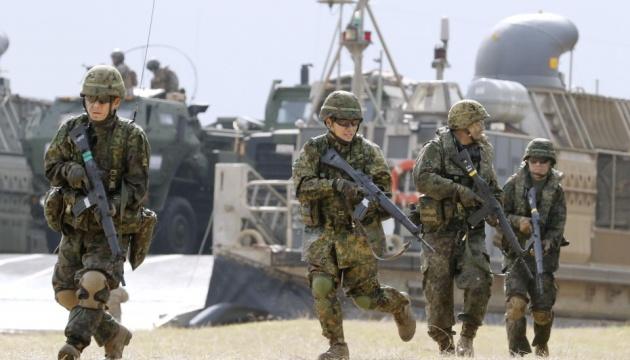 Япония, Франция и США впервые проводят совместные военные учения