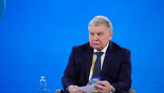 Taran says Russian troops could invade Ukraine from Belarus