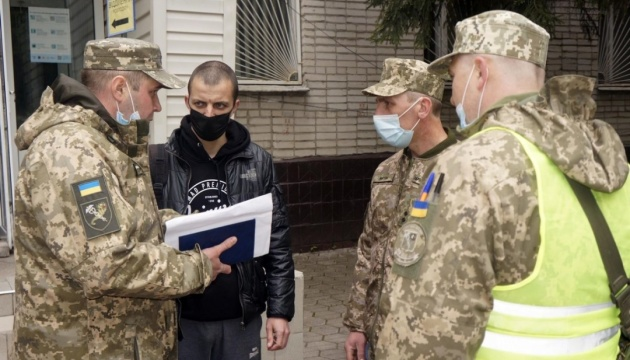 На Харьковщине - сборы теробороны с участием более 2000 резервистов