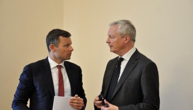 Ucrania y Francia discuten relaciones económicas bilaterales