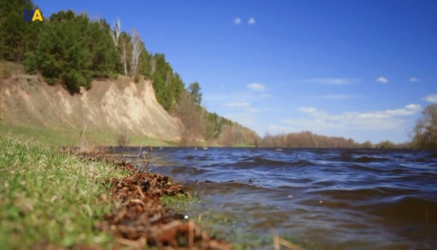 Разлив Десны оставил четыре села на Черниговщине без переправы