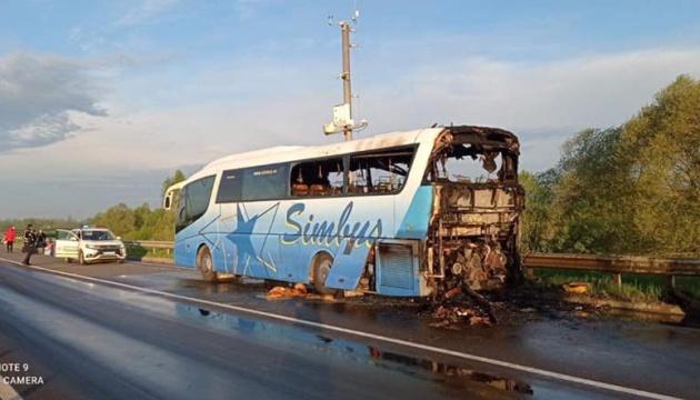 На Львівщині під час руху загорівся міжнародний рейсовий автобус