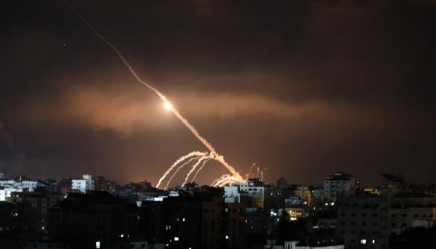 Сотні убитих, тисячі поранених: ВООЗ оцінила наслідки бойових дій в секторі Газа