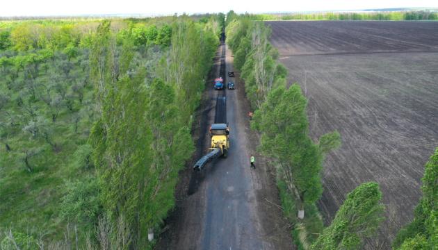 На Харківщині ремонтують дорогу до Національного музею Сковороди
