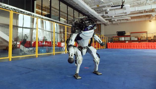 Гуманоидный двуногий робот «Atlas®». Инфографика