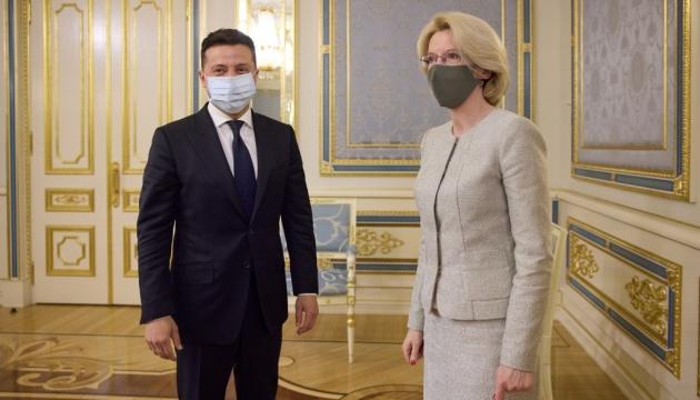 Зеленский обсудил со спикером Сейма Латвии ситуацию на востоке и в оккупированном Крыму