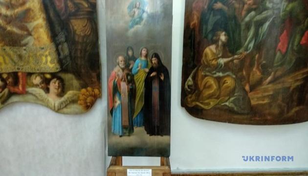 У Чернігові до Дня музеїв презентували нещодавно відреставровані ікони