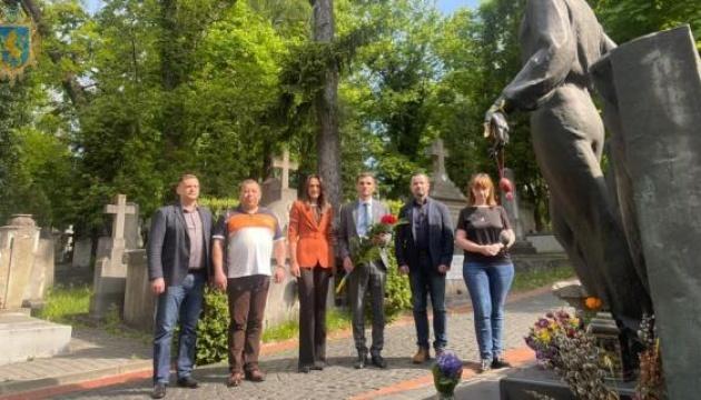 У Львові вшанували пам'ять Володимира Івасюка