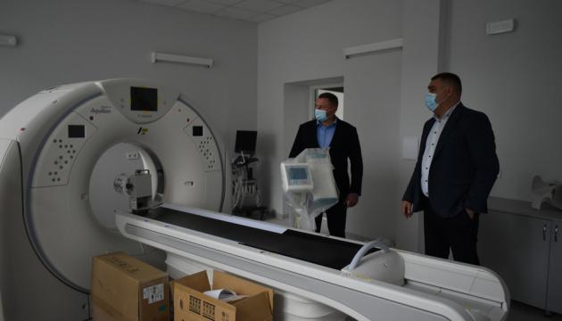 У Волинській обласній лікарні встановили потужний комп'ютерний томограф