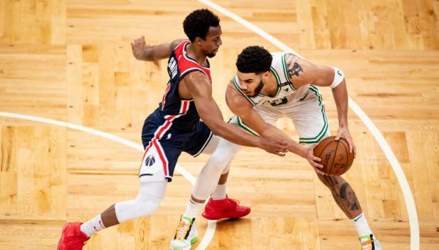 НБА: «Вашингтон» Леня програв «Бостону» в першому матчі плей-ін турніру