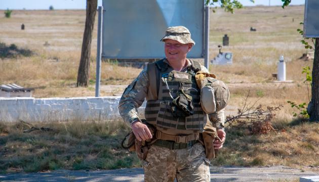 Не лише техніка: генерал Содоль розповів, як світ допомагає українському війську