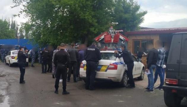 У Миколаєві намагалися блокувати завод, керівник якого помер від коронавірусу