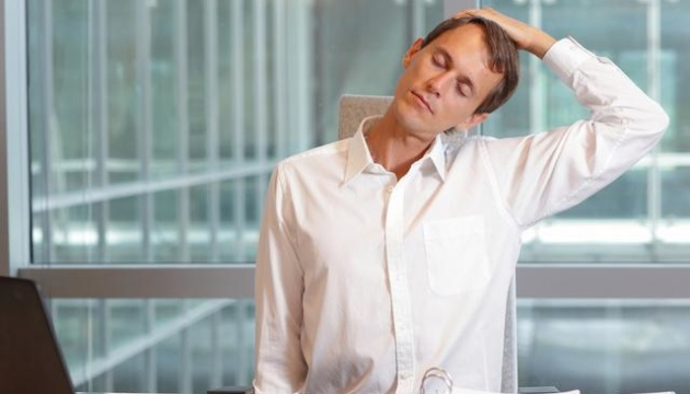 Сидяча робота: три хвилини вправ на годину можуть подовжити життя на 30%