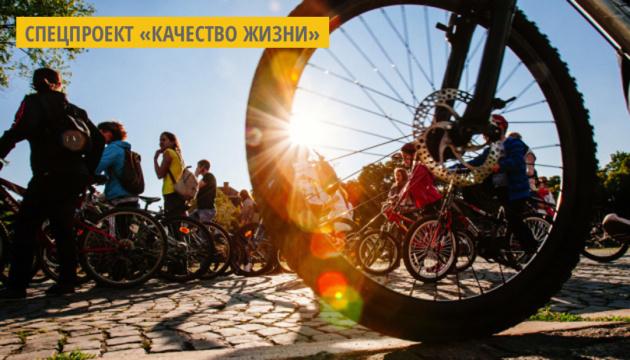 На Черниговщине жители самостоятельно обустроили парк и велопрокат