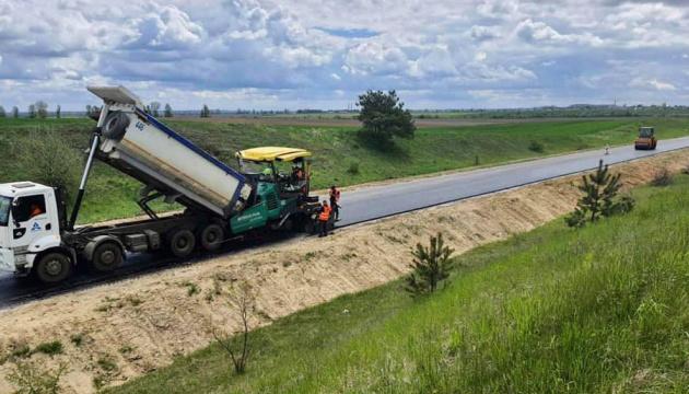 Трасу між курортами Львівщини планують відновити до липня