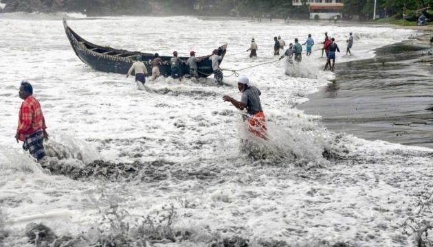 Від циклону Тауктає в Індії загинули більш як сотня людей