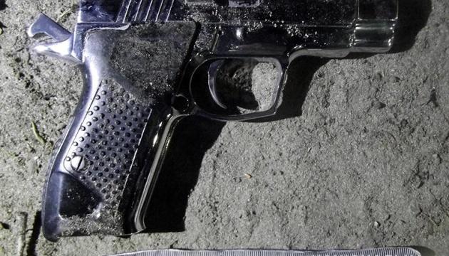 У Києві затримали чоловіка, який влаштував стрілянину і поранив військового