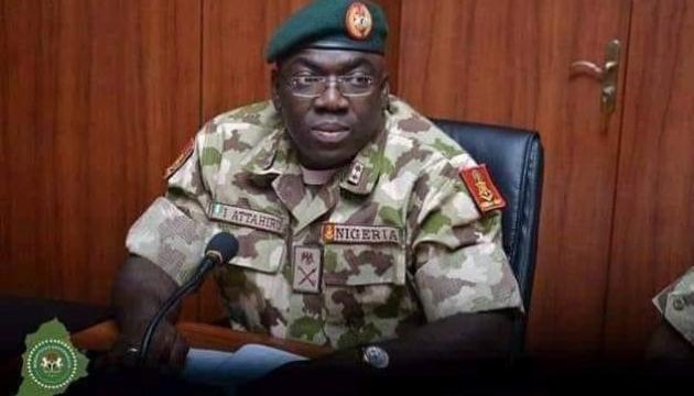 У Нігерії в авіакатастрофі загинув начальник штабу армії
