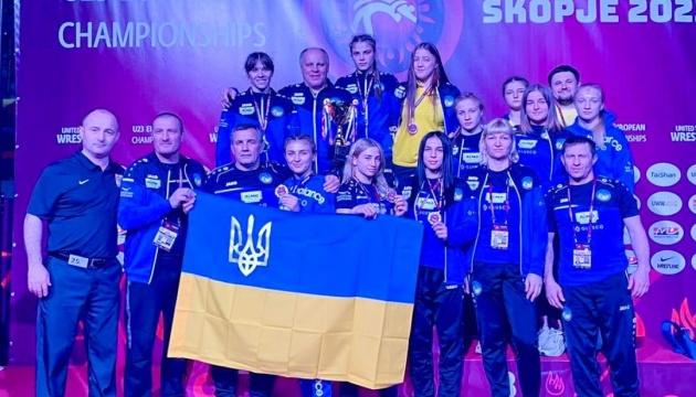 Збірна України виграла загальнокомандний залік першості Європи з жіночої боротьби