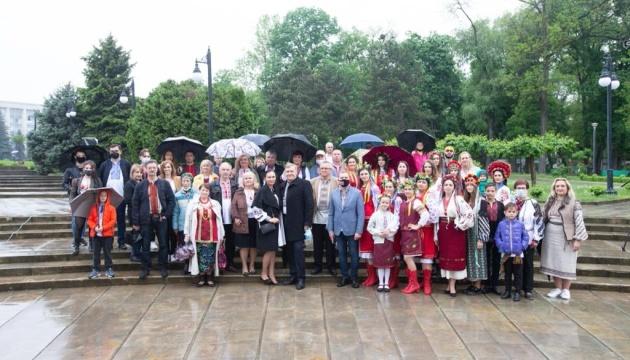 День вишиванки відсвяткували українці Молдови