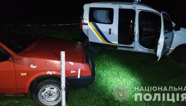 На Львівщині поранили поліцейського і двох лісничих