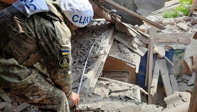 У Пісках окупанти обстріляли з мінометів цивільну інфраструктуру