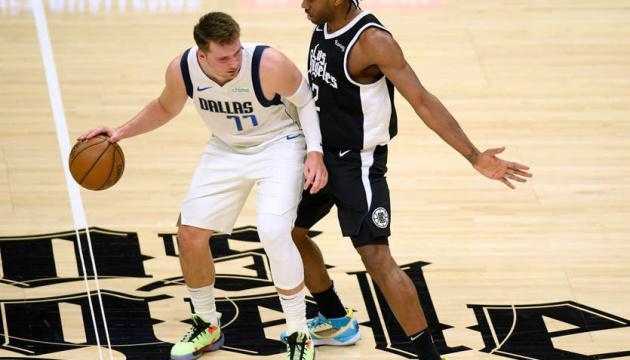 «Бруклин», «Даллас», «Милуоки» и «Портленд» добились побед на старте плей-офф НБА